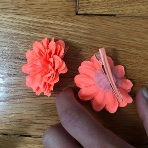 J Crew Coral colored flower hair clips - like new